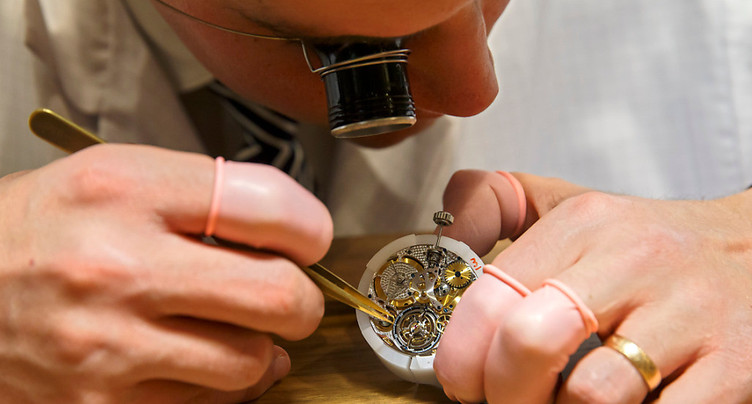 Les exportations horlogères stables en février
