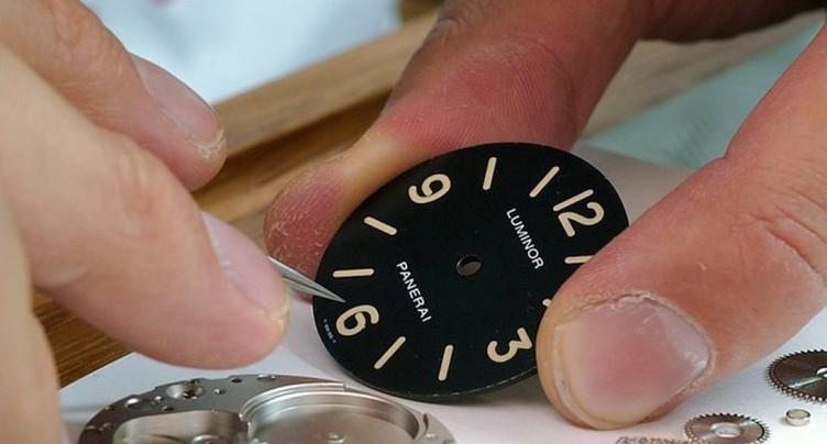 L'horloger Panerai poursuit le développement de ses boutiques