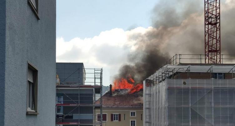 Un incendie impressionnant à La Chaux-de-Fonds