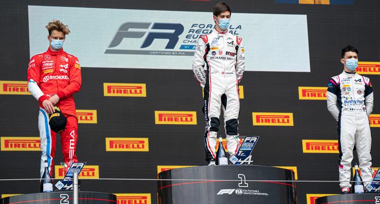Grégoire Saucy tient sa première victoire en F3 régionale !
