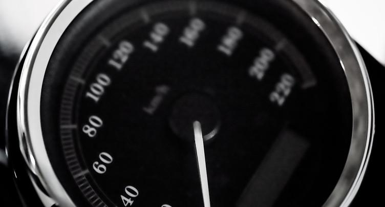 Motard flashé à 215 km/h sur l'autoroute