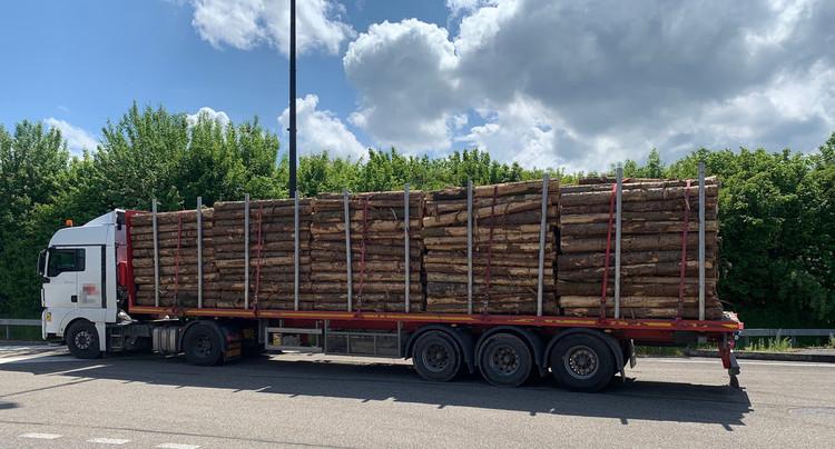 Un camion trop chargé arrêté à Boncourt