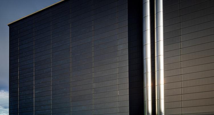 Panneaux photovoltaïques en façade pour l'Unimail