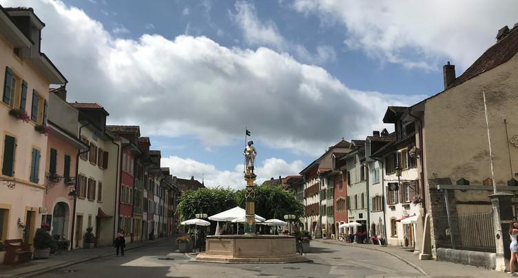 Deux villages neuchâtelois parmi les plus beaux de Suisse