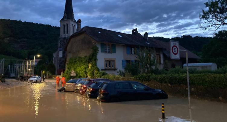 Violentes inondations dans l'Entre-deux-Lacs