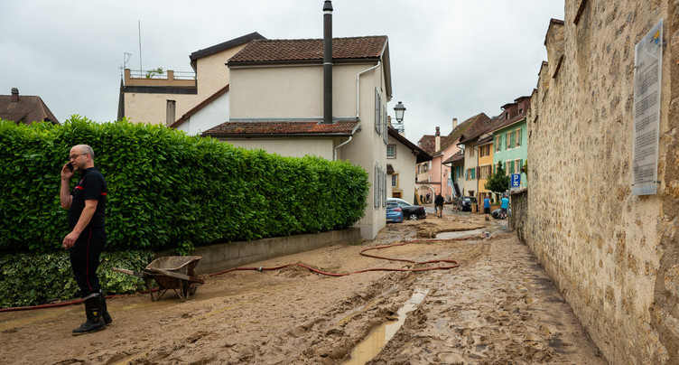 Evacuation des rues de Cressier dès les premières pluies