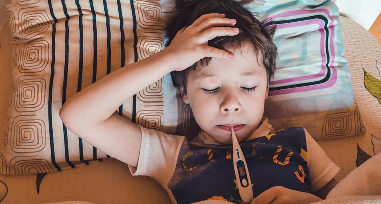 Regain des maladies infantiles en plein été