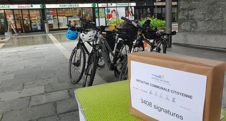 Plus de 3'400 signatures pour « Le vélo… à Fonds »