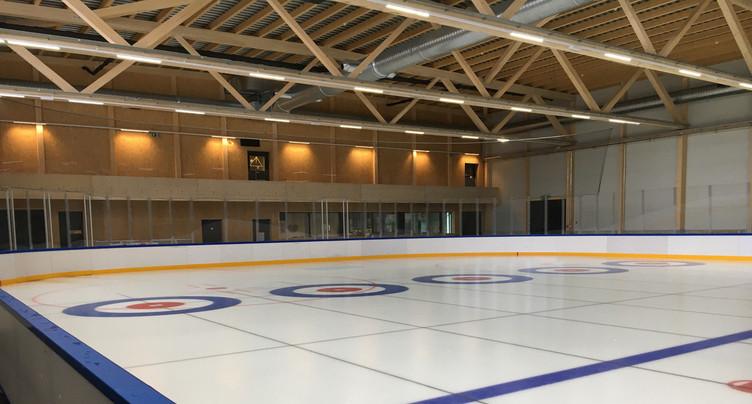 Ouverture du patinage public à la Raiffeisen Arena