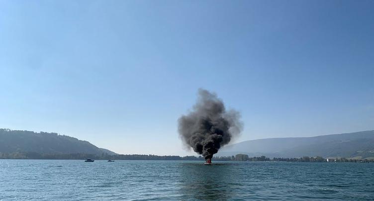 Un incendie s'est déclaré sur un bateau