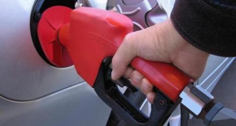 Le prix de l'essence sur la pente ascendante