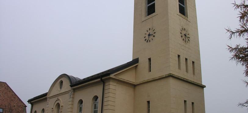 Le clocher de Boveresse, où les cloches sont tirées à la corde.