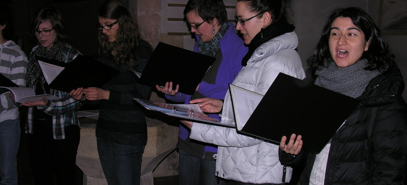 Répétition générale du Choeur de jeunes de Neuchâtel avant son premier concert.