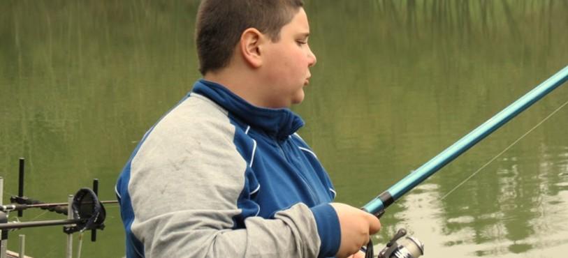 Nathan, pêcheur passionné.