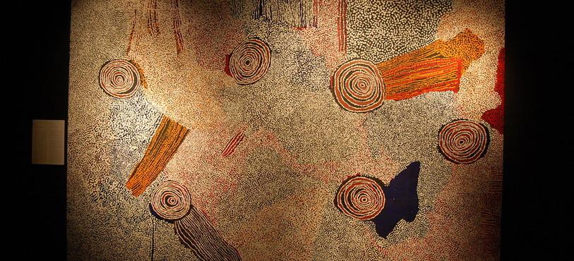 La symbolique des oeuvres représentatives de l'art aborigène australien est multiple.