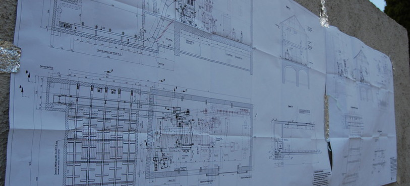 Pour mener à bien le chantier, il faut suivre les plans!