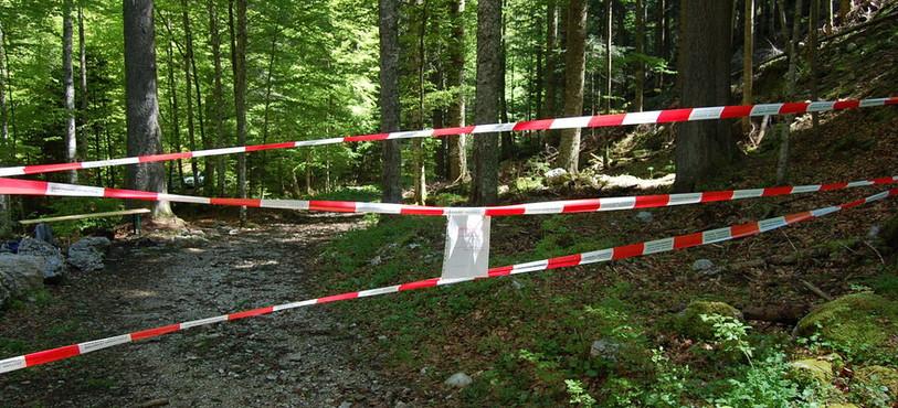 Le sentier des Gorges de la Poëta-Raisse pendant la fermeture.