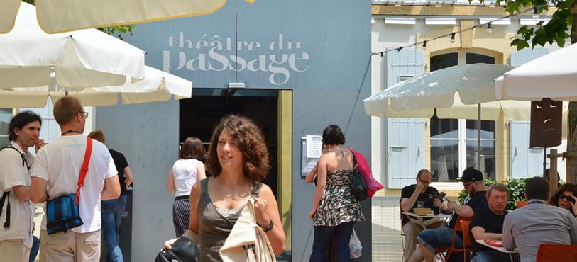 Certains films étaient projetés au Théâtre du Passage.