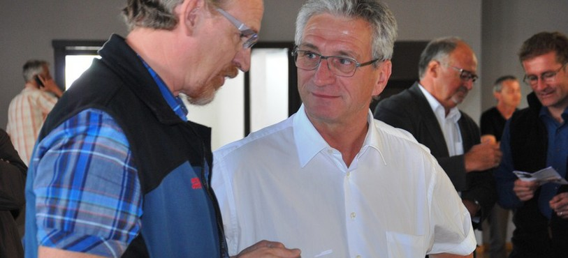 Thierry Lennweiter, secrétaire communal de Malleray, Paolo Annoni, maire de Bévilard
