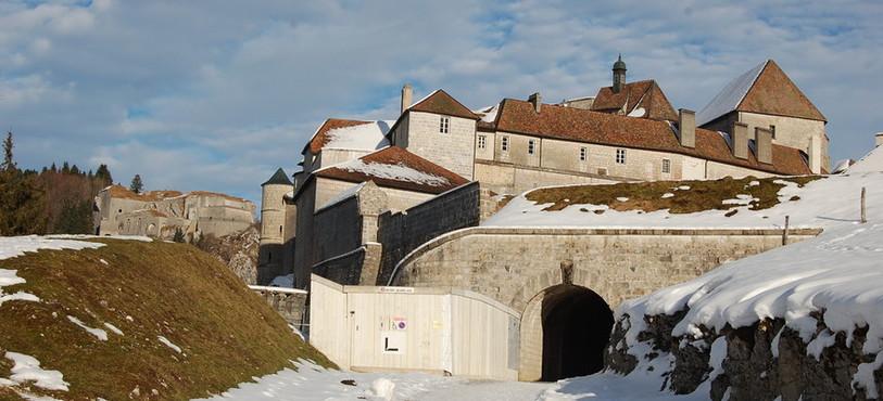 L'entrée du Fort de Joux.