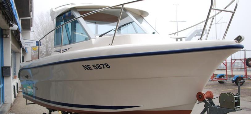 L'un des bateaux dont le moteur avait été dérobé.