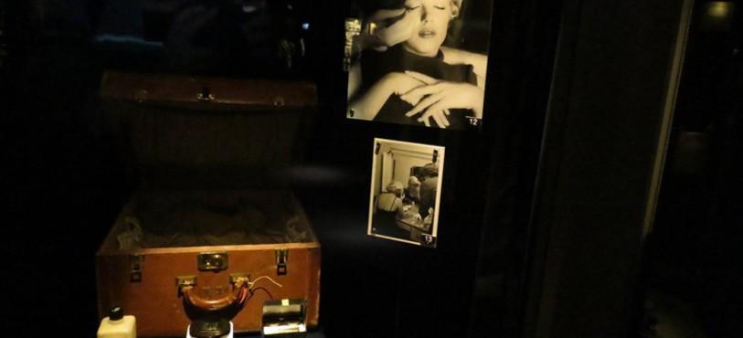 Marilyn et matériel de maquillage