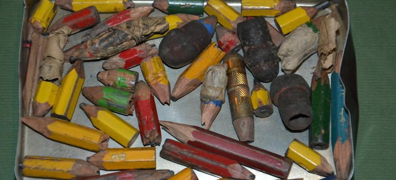 Les crayons d'Armand Schulthess, usés jusqu'à la dernière miette
