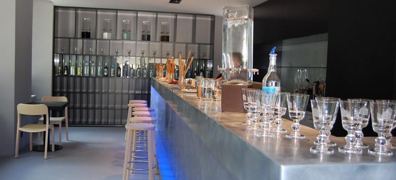 Le bar-boutique de la Maison de l'absinthe.