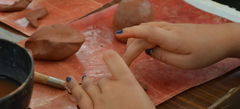 Un atelier de poterie était organisé.