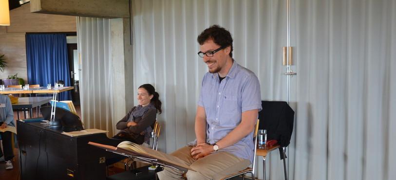 Les choeur est dirigé par Roamin Mayor et accompagné par Laura Andrés Castells.