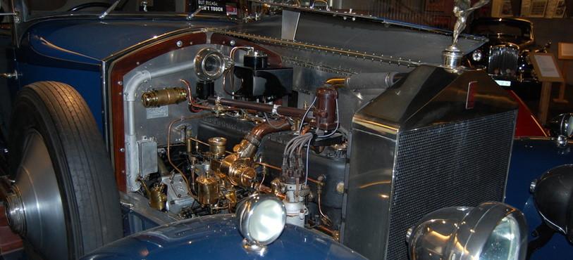 Le moteur d'une Rolls-Royce Silver Ghost de 1924 à admirer au musée Le Manège, à Môtiers.