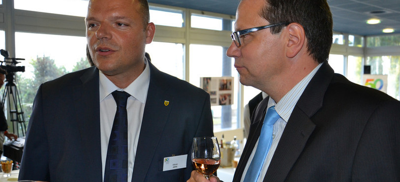 Olivier Arni, conseiller communal à Neuchâtel, et Florian Németi, directeur de la CNCI.
