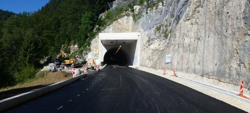 L'une des entrées du tunnel.