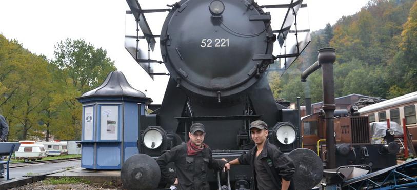 Dominique Marchand et Pablo Hoya (de gauche à droite), respectivemetn président et vice-président de l'association Vapeur Val-de-Travers.
