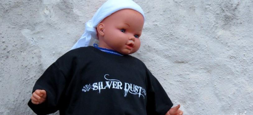 Silver Dust, clip