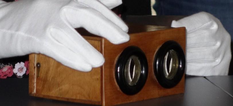 Stéréoscope à manipuler avec des gants