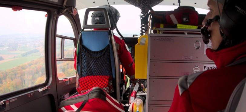 Dans l'Hélicoptère EC-145