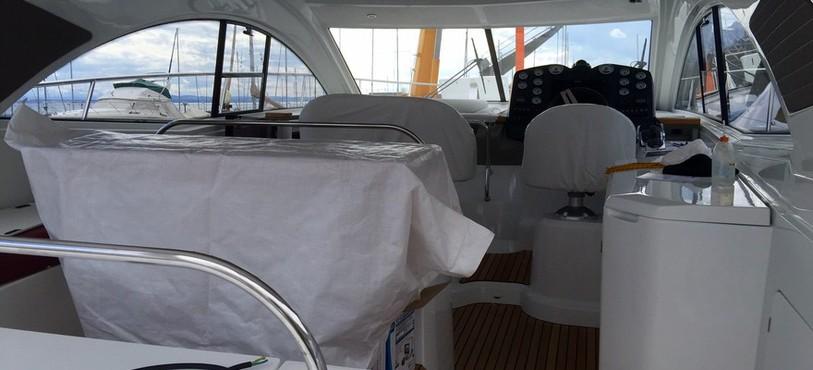 L'intérieur d'un yacht de luxe.