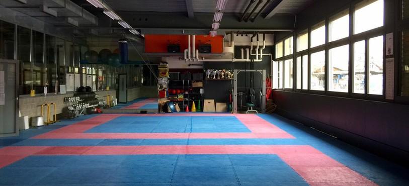 Le Giant Studio abrite aussi le club de Karaté-Do, où s'entraîne l'équipe nationale de la discipline.