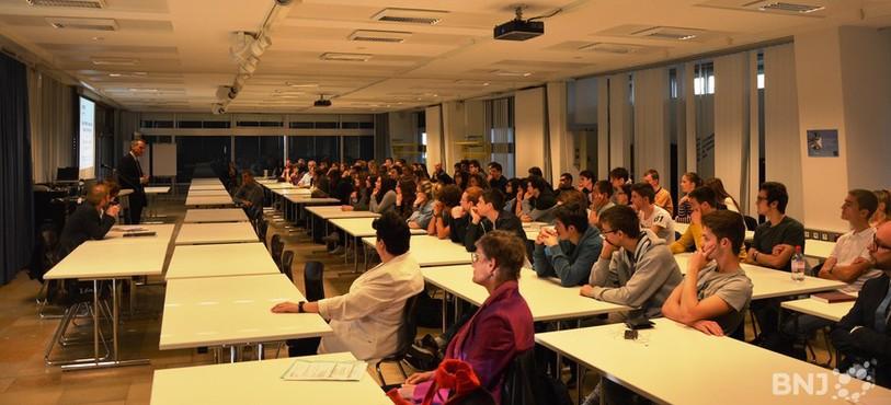 Des nombreux élèves du CPLN ont écouté attentivement Laurent Kurth