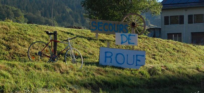 Décoration pour le Tour de France (Les Verrières-de-Joux)