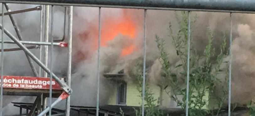 Immeuble en feu à Porrentruy ce jeudi matin 4 août.