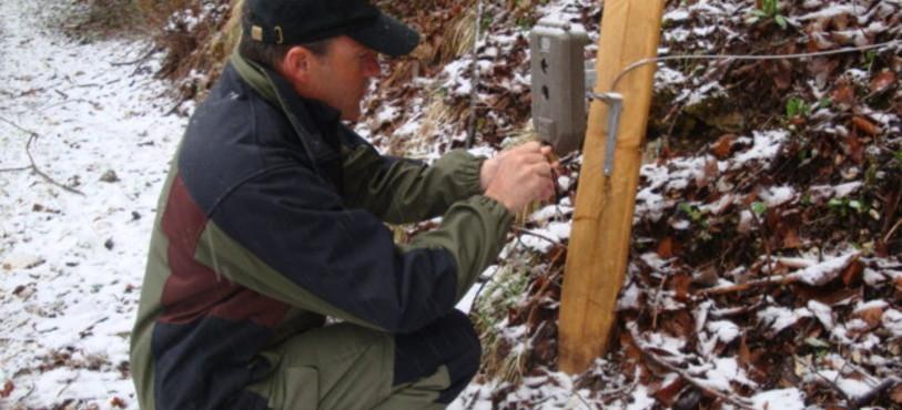 Jean-Pierre Flück, garde-faune du Val-de-Travers, a participé à la campagne de recensement du lynx