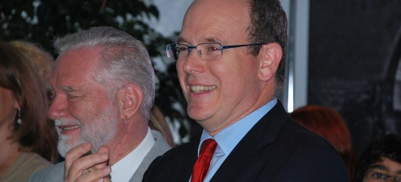 Son Altesse séréinisme le Prince Albert II de Monacon et Immo Ströher, le propriétaire de PlanetSolar.