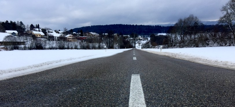La section jurassienne d'entretien des routes privilégie le déneigement des principaux axes du canton.