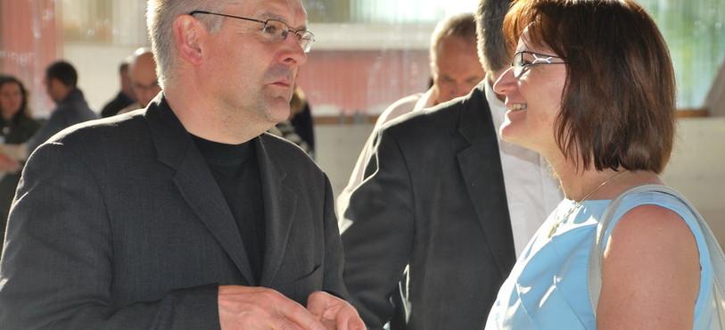 Denis de la Reussille, président de l'exécutif loclois, avec la présidente du Gouvernement neuchâtelois Gisèle Ory
