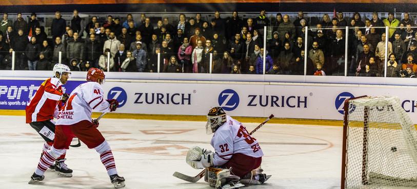 Suisse - Danemark à La Chaux-de-Fonds (photo : Jonathan Vallat)