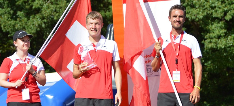 Simon Tabourat et Xcell aux championnats d'Europe junior d'agility