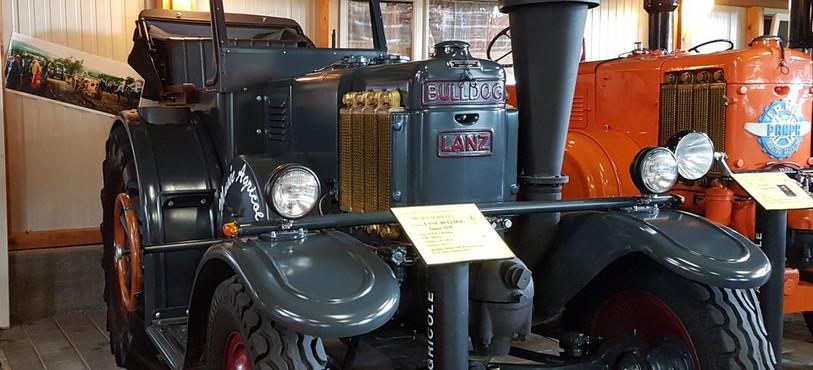 Musée agricole Grandfontaine, tracteur Lanz Bulldog 1935