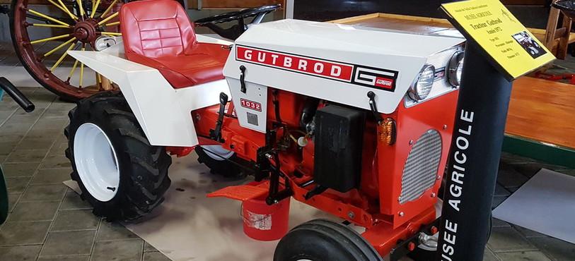Musée agricole Grandfontaine, tracteur jardin Gutbrod